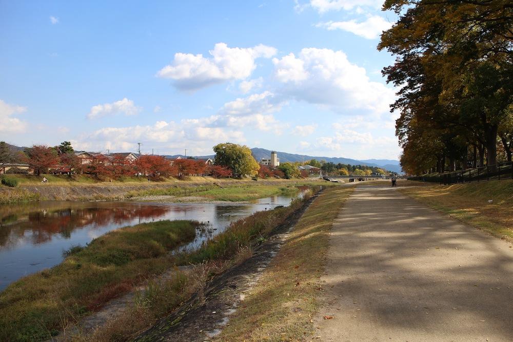 カメラの視点 Vol.1 「秋の京都・下鴨」 【SONY EOS M】