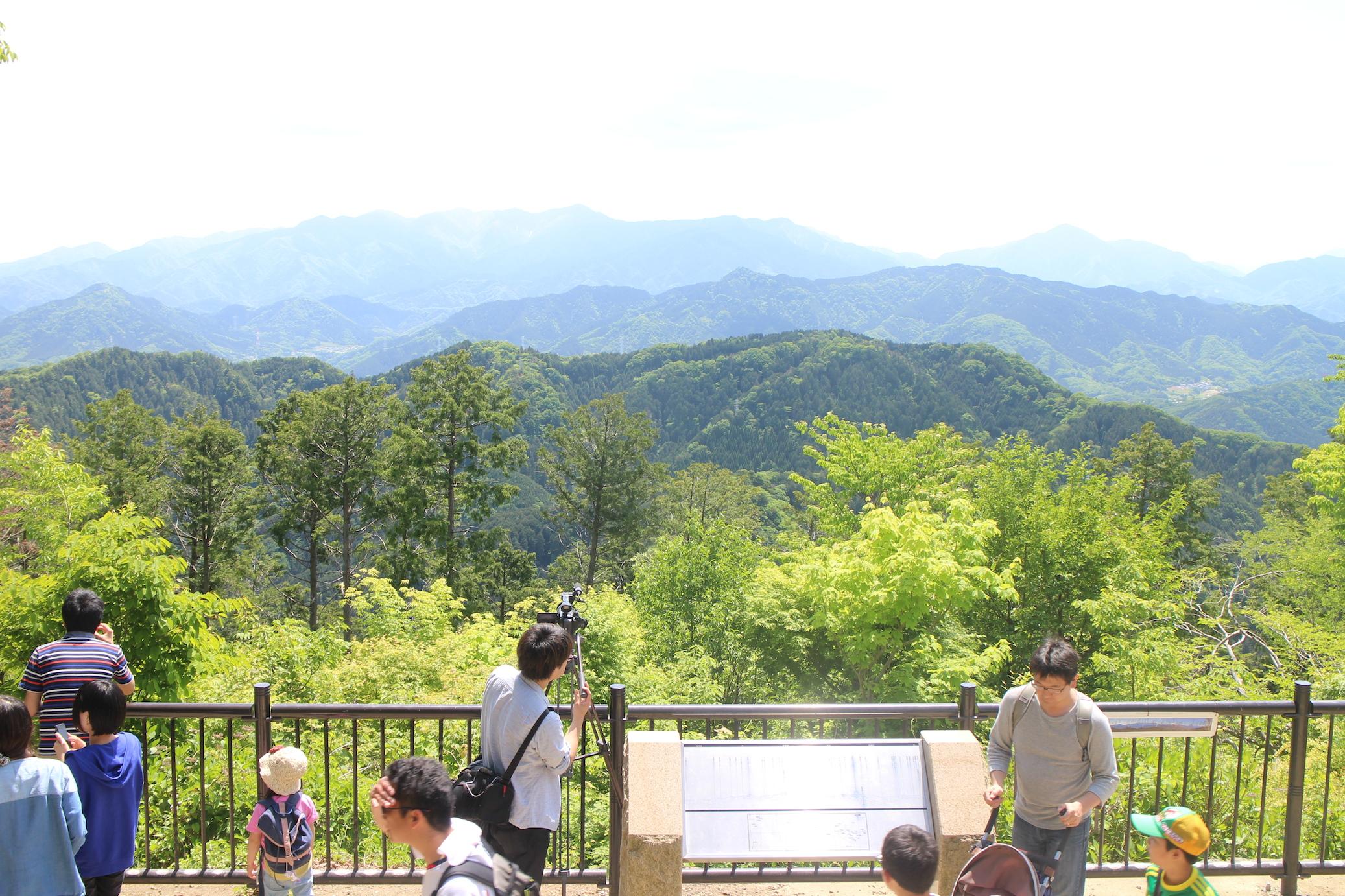 【登山写真レポート】快晴の登山日和、高尾山に登山にいきました!【登山初心者にもおすすめ】
